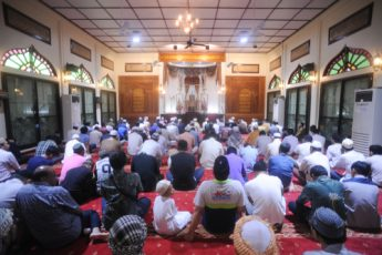 Ruling of Delivering Friday Khutbah in Other than Arabic?